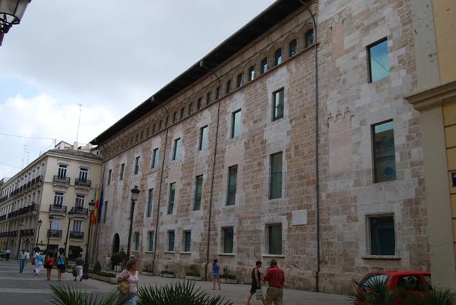 Palacio de benicarl sede del parlamento asersa online for Parlamento on line